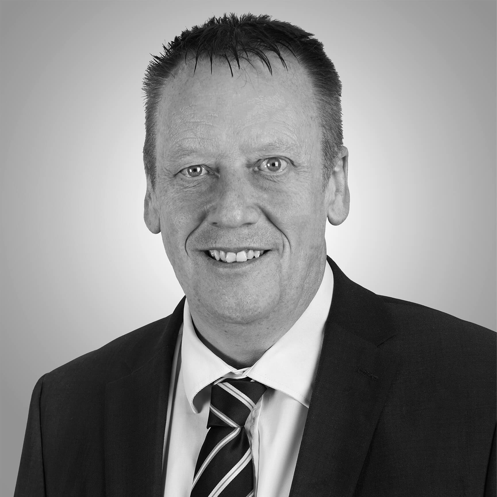 Ian Davy Managing Director Alucraft Systems